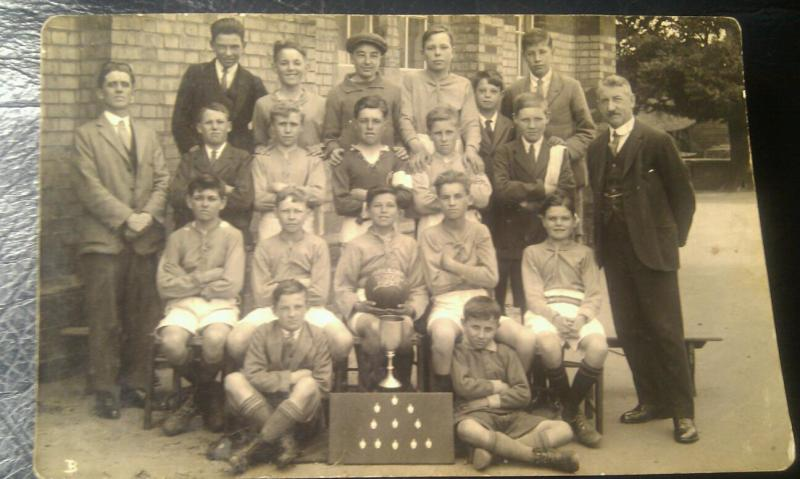 arlesey SCHOOL FOOTBALL TEAM 1926