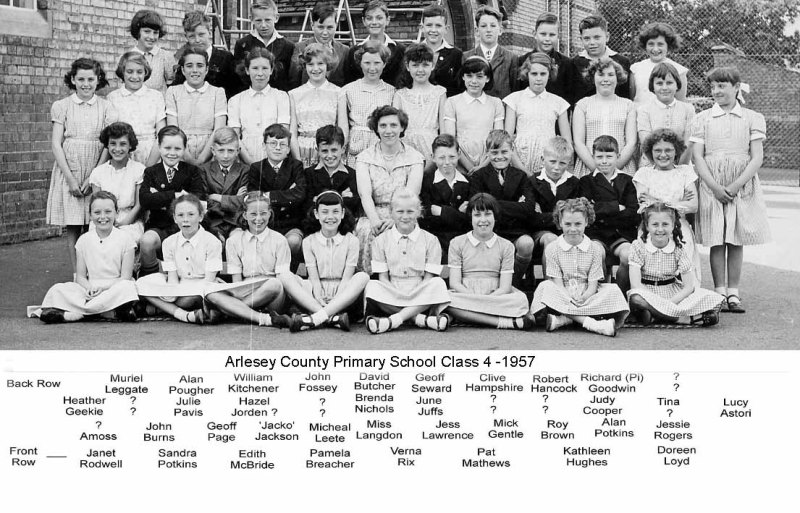 doreen lloyd arlesey primary school photo1957