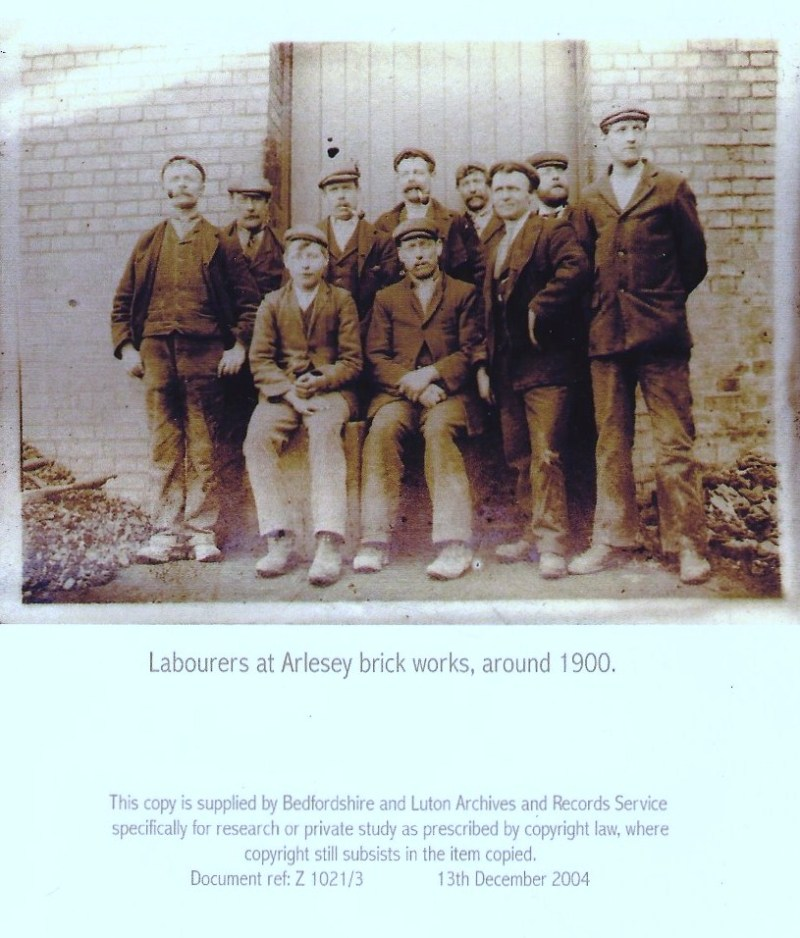 labourers at arlesey brickworks