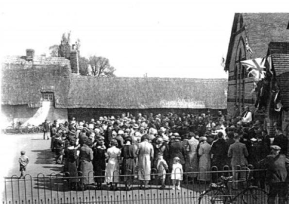 Arlesey reverend bevan open air service 1935 king georgre v silver jubilee