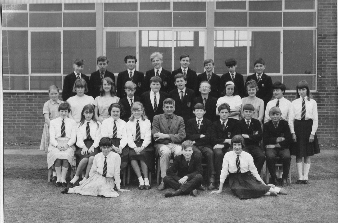 1965-clive-13-school-photo