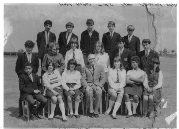 arlesy-school-jimi-allen1966