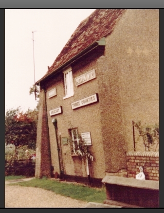 Grimes Cottage Arlesey with railway stuff