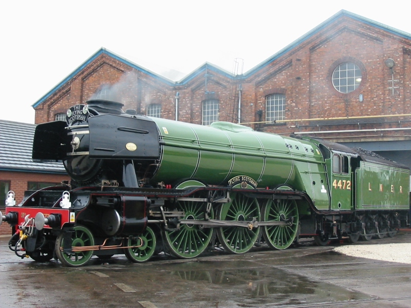 Flying_Scotsman_in_Doncaster